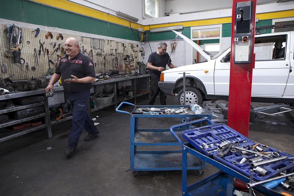 officina meccanica  Officina meccanica, tagliando auto, riparazioni auto e moto